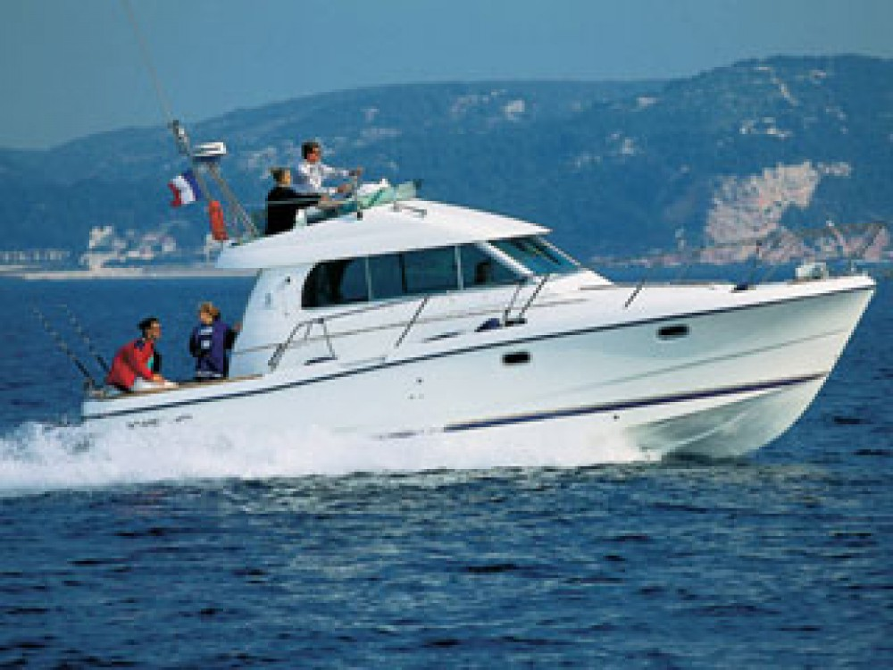 Bootverhuur Bénéteau Antares 1080 in Grad Zadar via SamBoat