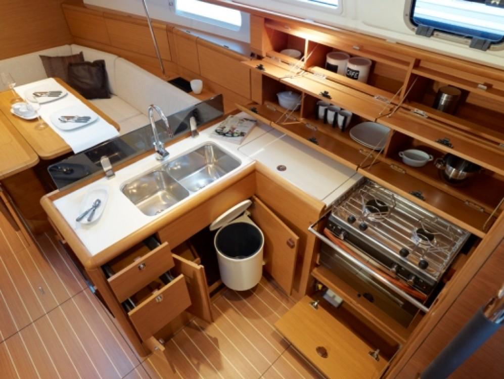 Verhuur Zeilboot in Sant Antoni de Portmany - Jeanneau JEANNEAU SO 379