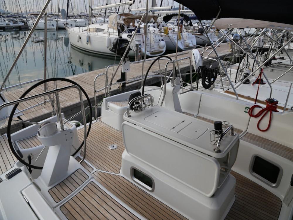 Bootverhuur Jeanneau Sun Odyssey 45 in  via SamBoat