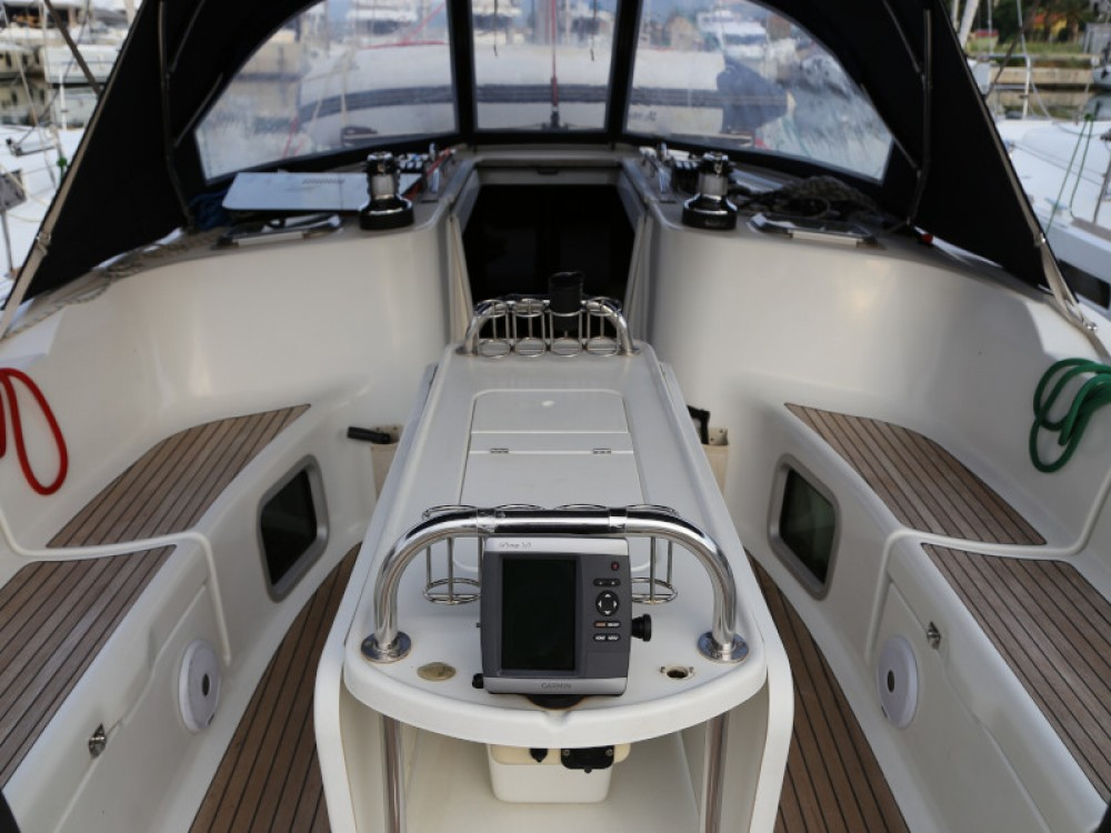 Jachthuur in  - Jeanneau Sun Odyssey 45 via SamBoat