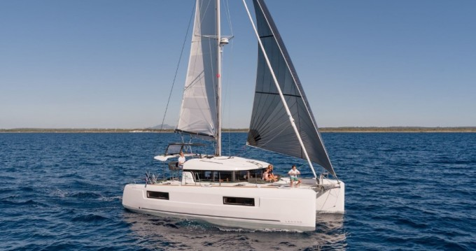 Bootverhuur Lagoon Lagoon 40 in Split via SamBoat