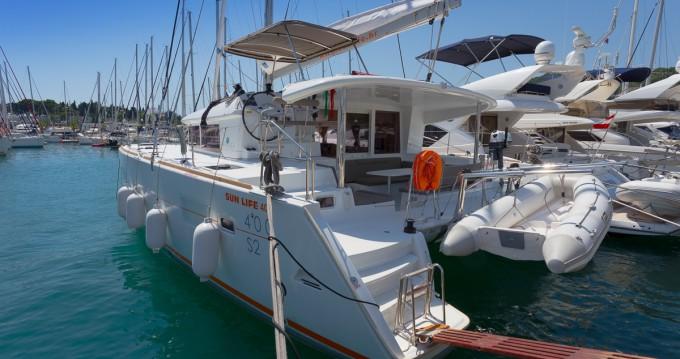 Bootverhuur Lagoon Lagoon 400 S2 in Split via SamBoat