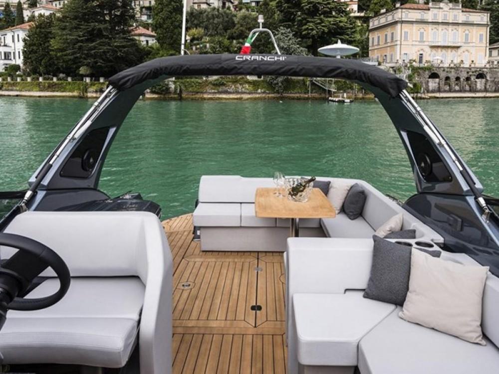 Cranchi Z35 te huur van particulier of professional in Podstrana