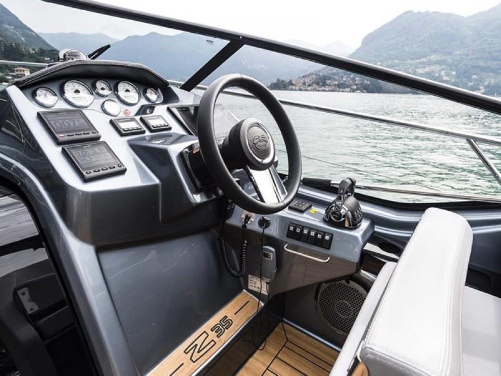 Huur Motorboot met of zonder schipper  in Podstrana