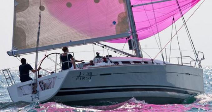 Jachthuur in Olbia - Bénéteau First 35 via SamBoat