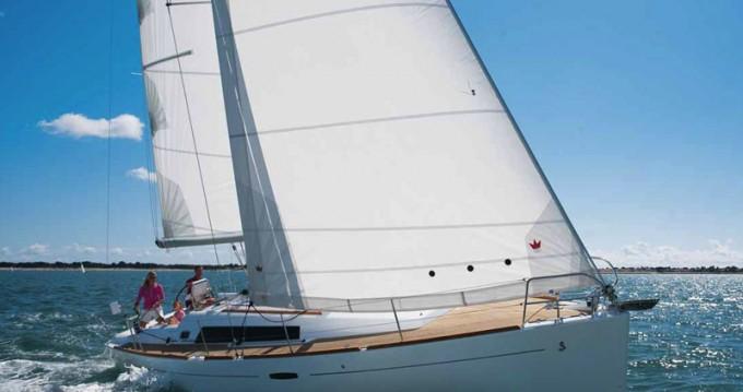 Verhuur Zeilboot in Marina di Portisco - Bénéteau Oceanis 37