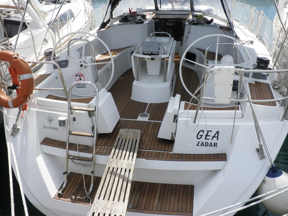 Verhuur Zeilboot in Sukošan - Jeanneau Sun Odyssey 44i