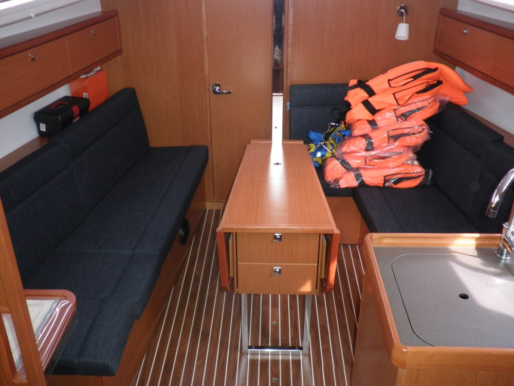 Bootverhuur Bavaria Bavaria Cruiser 33 in  via SamBoat