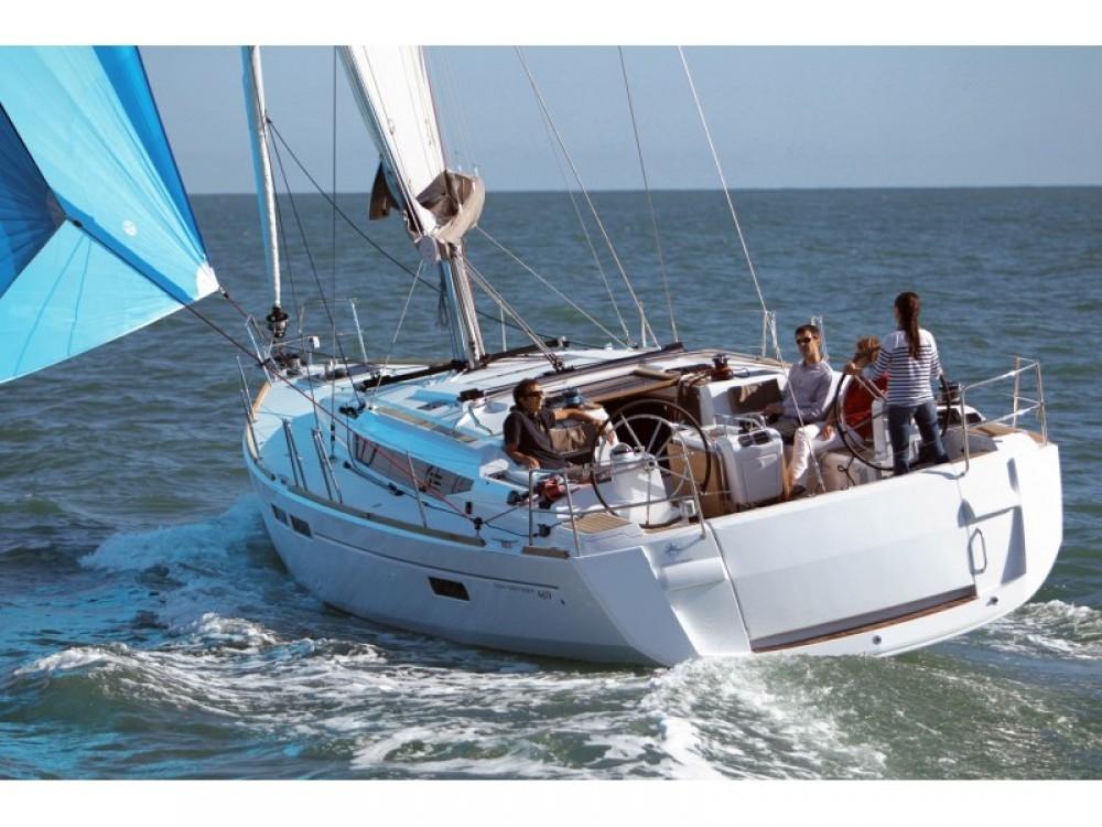 Verhuur Zeilboot in Álimos - Jeanneau Sun Odyssey 469
