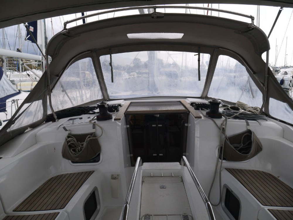 Bootverhuur Jeanneau Sun Odyssey 469 in Álimos via SamBoat