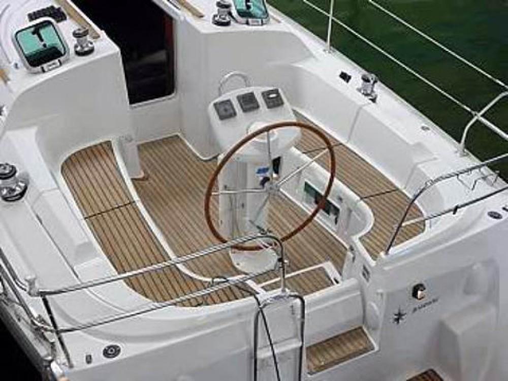 Bootverhuur Jeanneau Sun Odyssey 35 in Grad Biograd na Moru via SamBoat