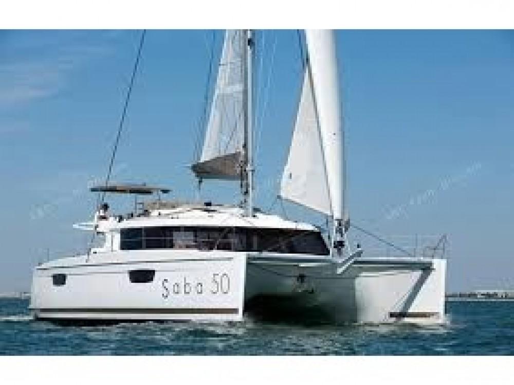 Huur Catamaran met of zonder schipper Fountaine Pajot in Le Marin
