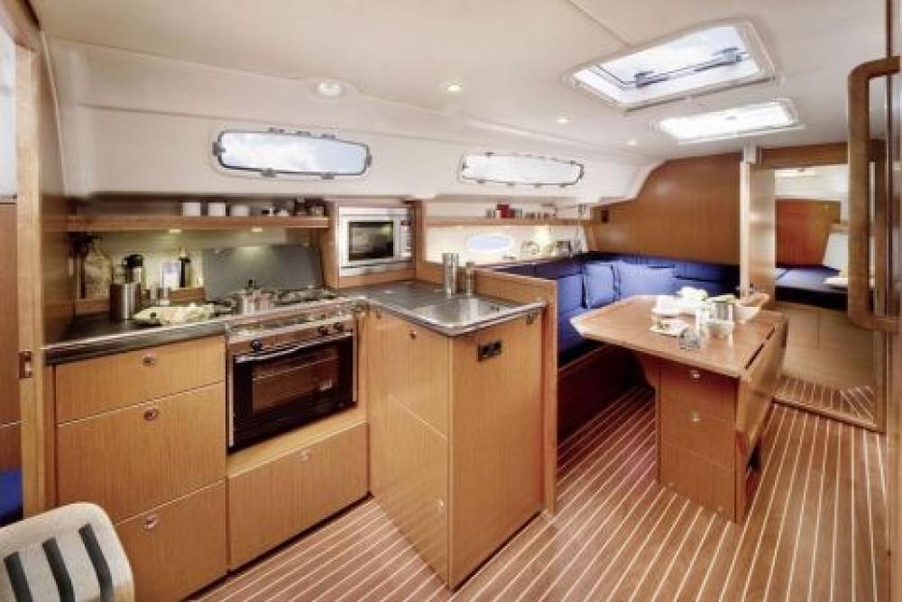 Bavaria Bavaria 35 Cruiser te huur van particulier of professional in Nacka