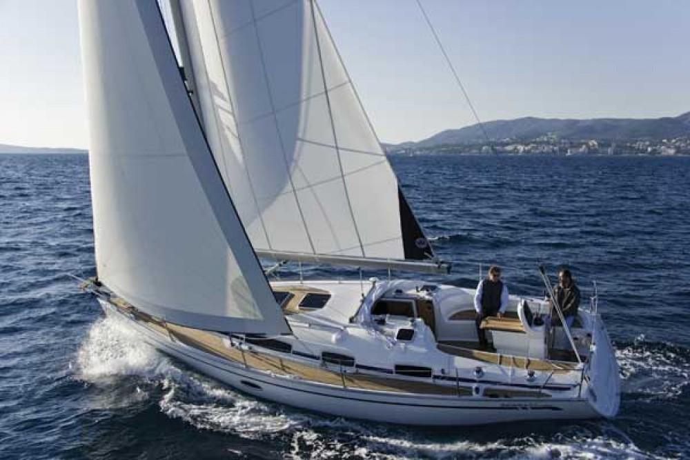 Bootverhuur Bavaria Bavaria 35 Cruiser in  via SamBoat