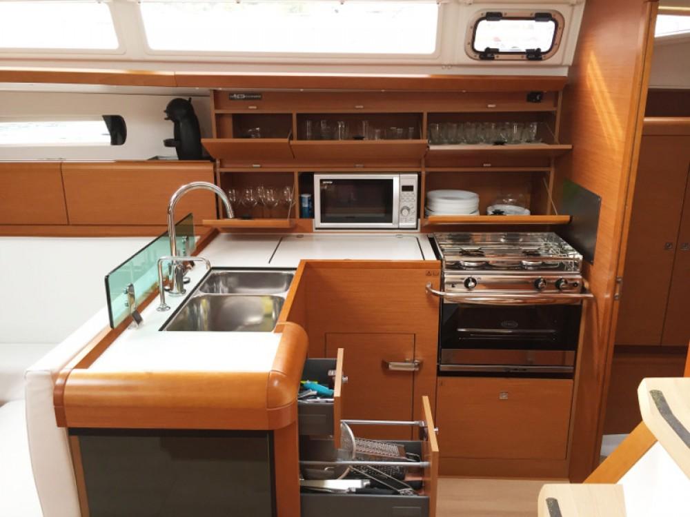 Jachthuur in  - Jeanneau Sun Odyssey 449 via SamBoat