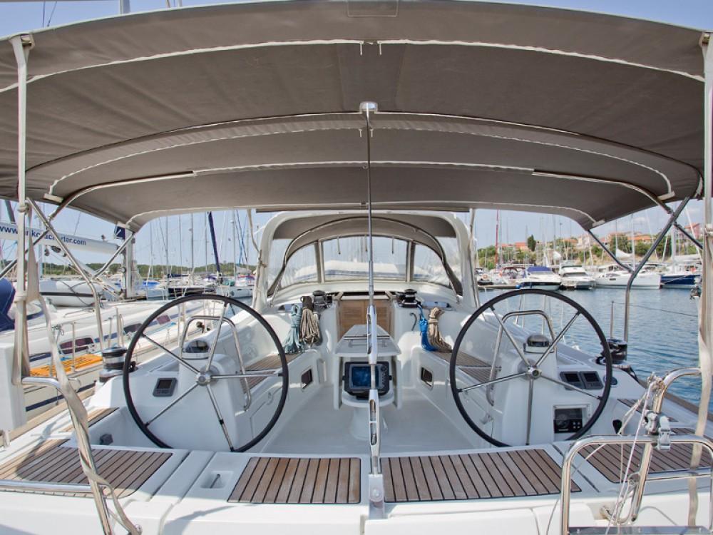 Verhuur Zeilboot in Šibenik - Bénéteau Oceanis 50 Family