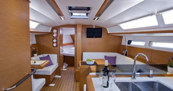 Jachthuur in  - Jeanneau Sun Odyssey 409 Performance via SamBoat