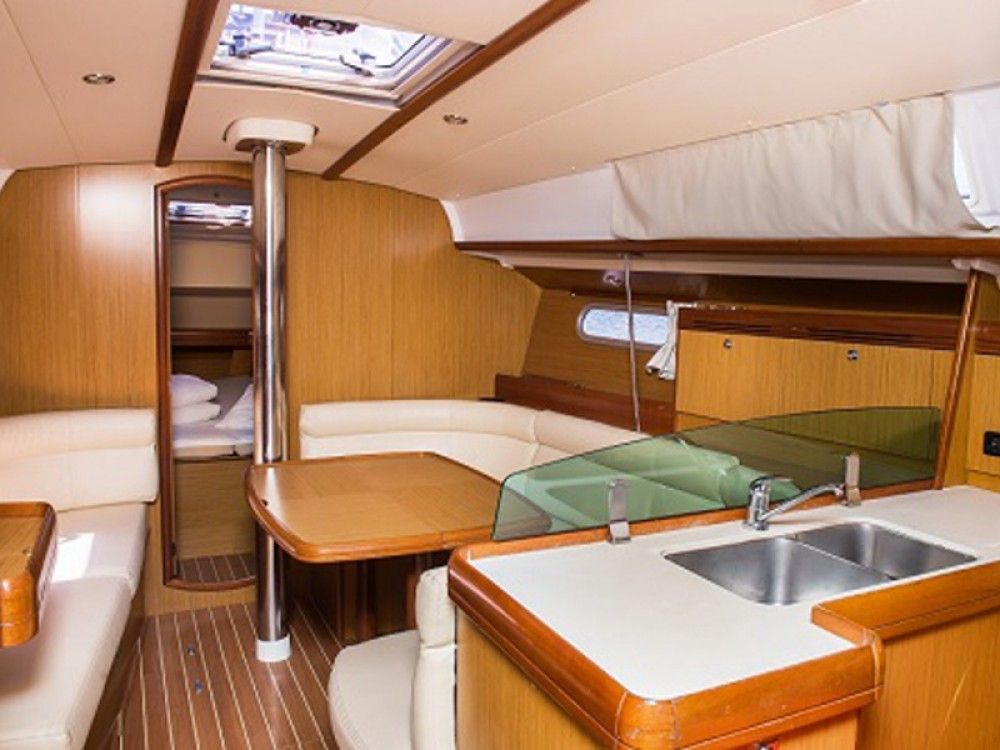 Verhuur Zeilboot in Šibenik - Jeanneau Sun Odyssey 39i