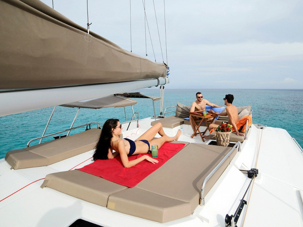 Verhuur Catamaran in  - Fountaine Pajot Saba 50