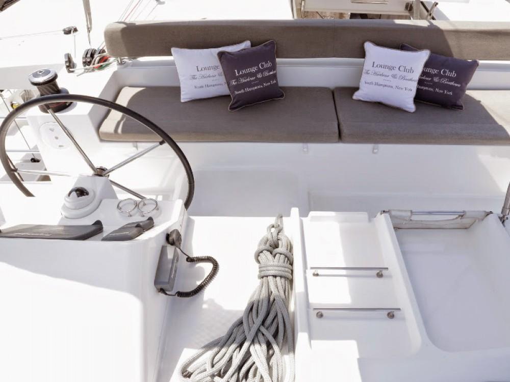 Bootverhuur Leucade goedkoop Lagoon 450