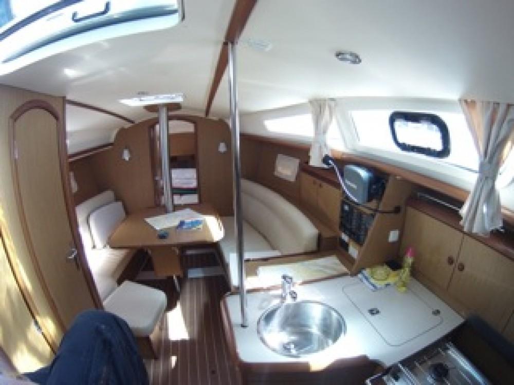 Verhuur Zeilboot in  - Jeanneau Sun Odyssey 32i
