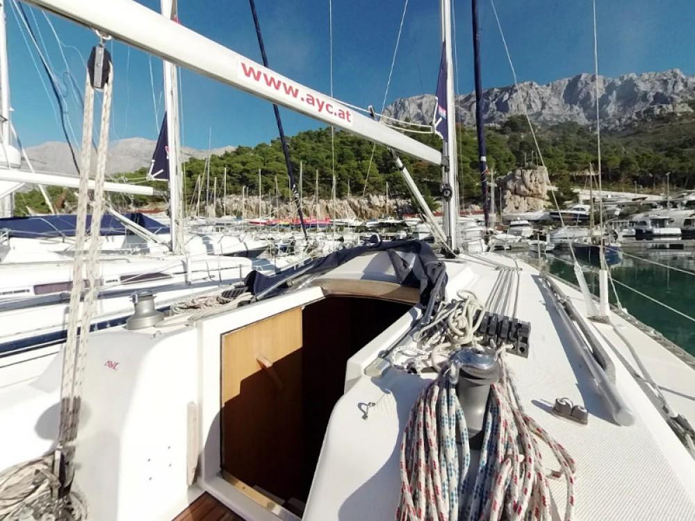 Verhuur Zeilboot in Vodice - Elan Elan 36