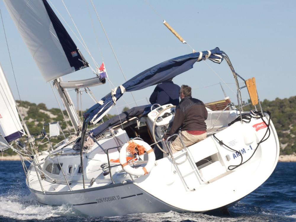 Jachthuur in Vodice - Jeanneau Sun Odyssey 37 via SamBoat
