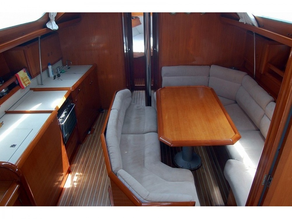 Jachthuur in  - Jeanneau Sun Odyssey 42.2 via SamBoat