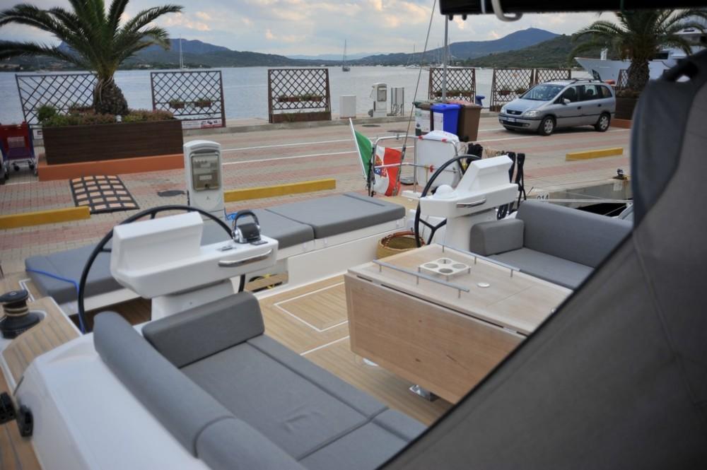 Huur een Dufour Dufour 56 Exclusive in Marina di Portisco
