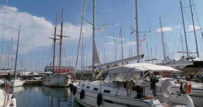 Huur een Bavaria Cruiser 40 in Lefkada (Island)