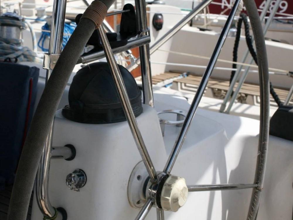 Bootverhuur Leucade goedkoop Bavaria 42 Cruiser