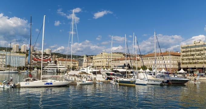 Bootverhuur Rijeka goedkoop Fleur de Lys