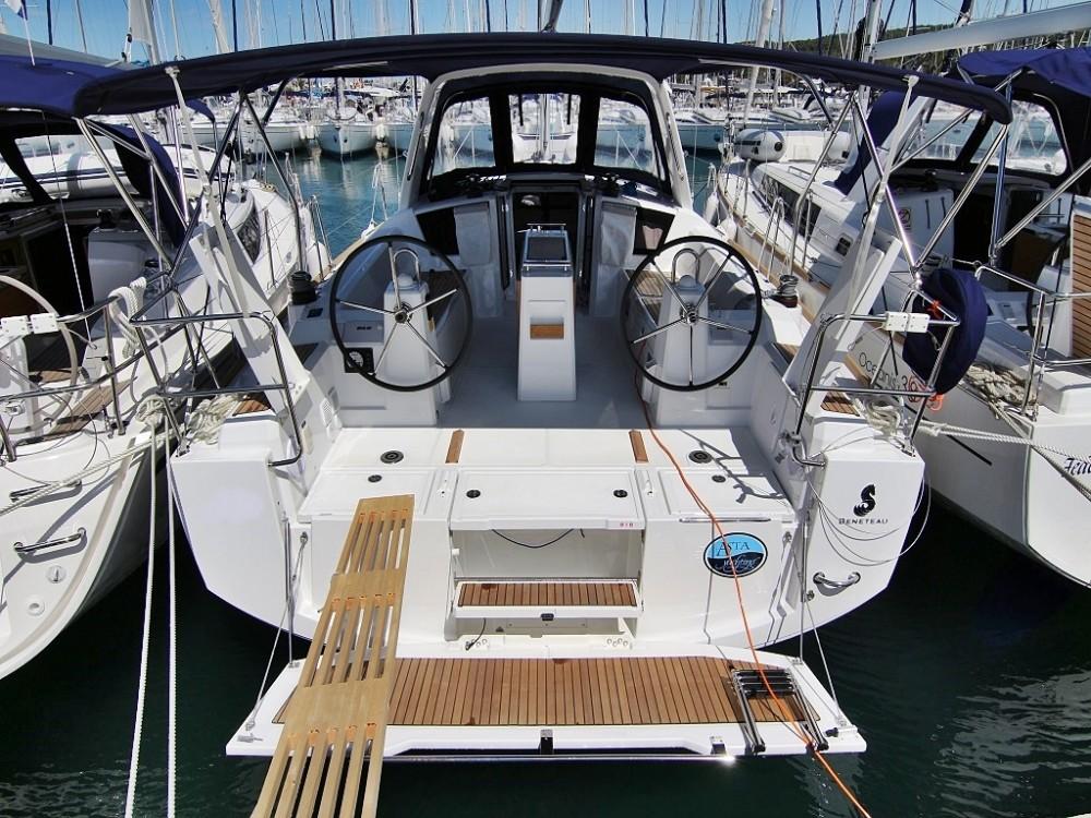 Huur Zeilboot met of zonder schipper Bénéteau in Sukošan