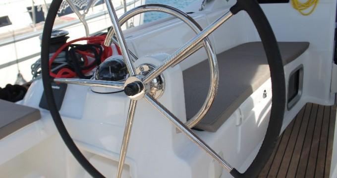 Bootverhuur Jeanneau Sun Odyssey 419 in Trogir via SamBoat
