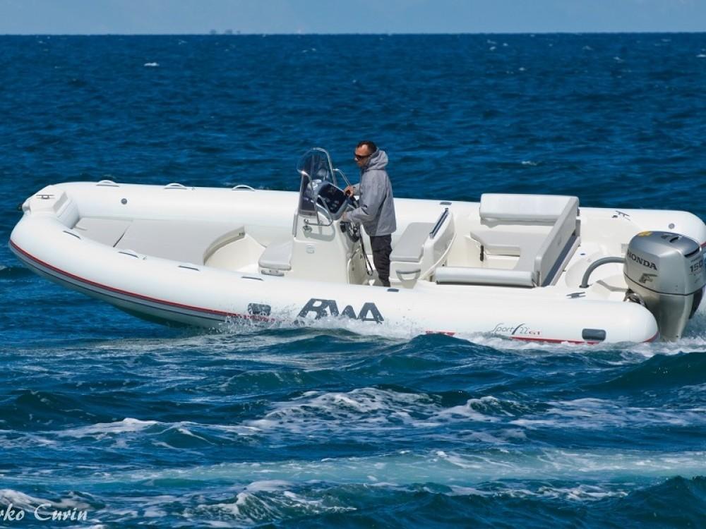 Huur Motorboot met of zonder schipper  in Sukošan