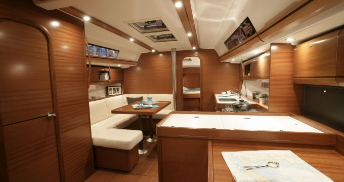Huur een Dufour Dufour 405 Grand Large in Fethiye