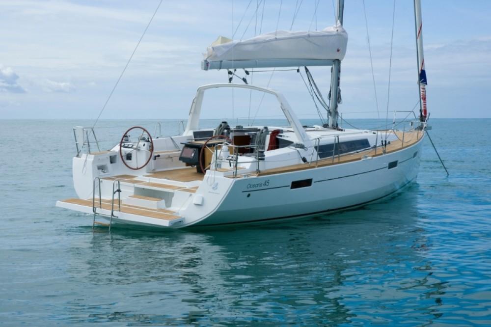 Huur een Bénéteau Oceanis 45 (4 cabins) in Marmaris