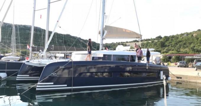 Huur een Dufour Dufour 48 Catamaran in Primošten