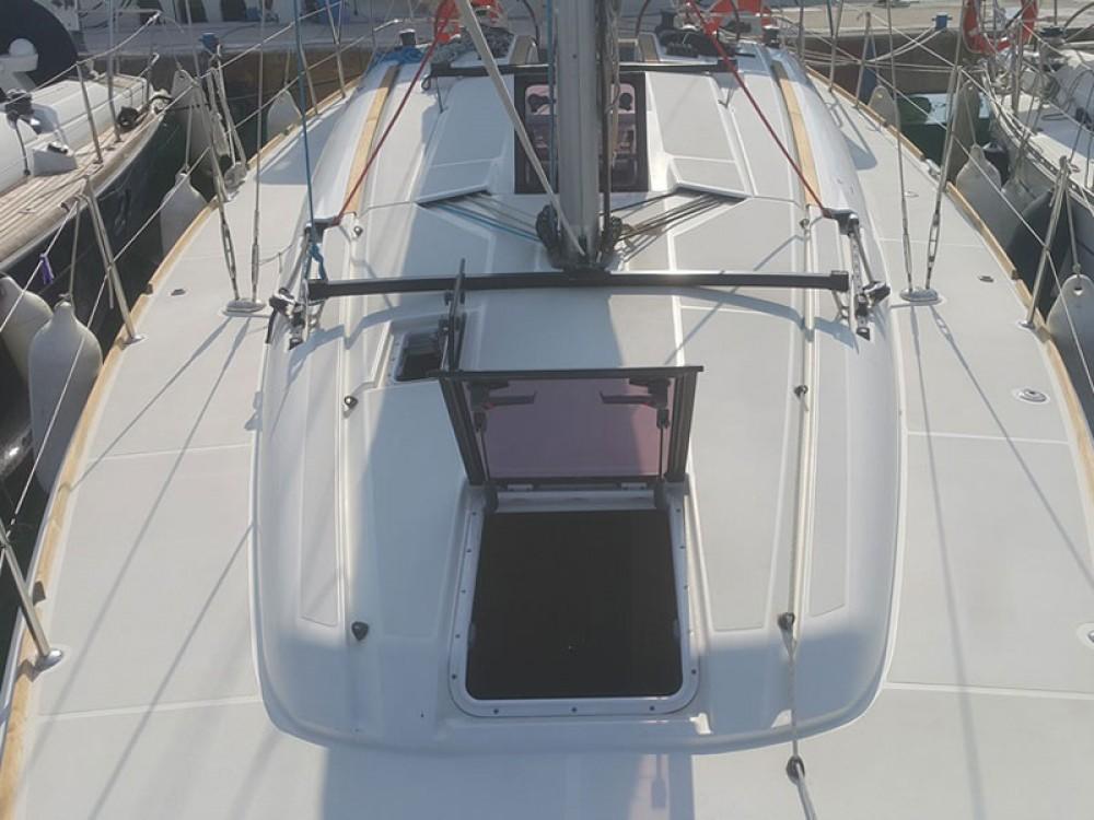 Bootverhuur Jeanneau Sun Odyssey 409 in Tivat via SamBoat
