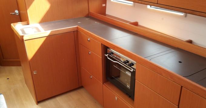 Bootverhuur Veruda goedkoop Bavaria Cruiser46