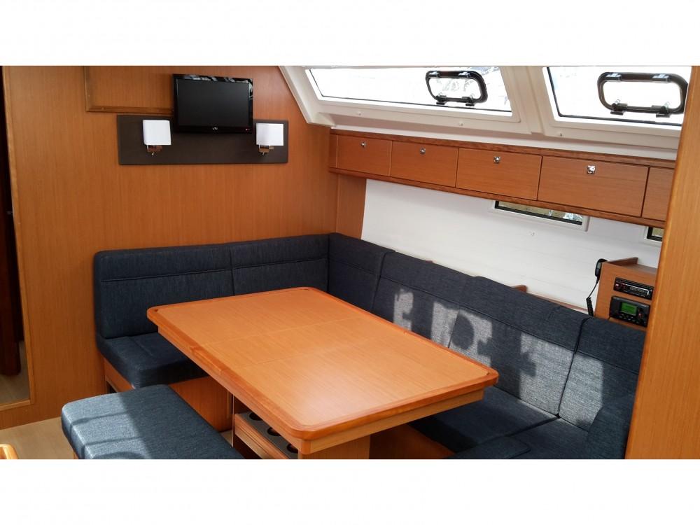 Bootverhuur Bavaria Bavaria Cruiser46 in Pula via SamBoat
