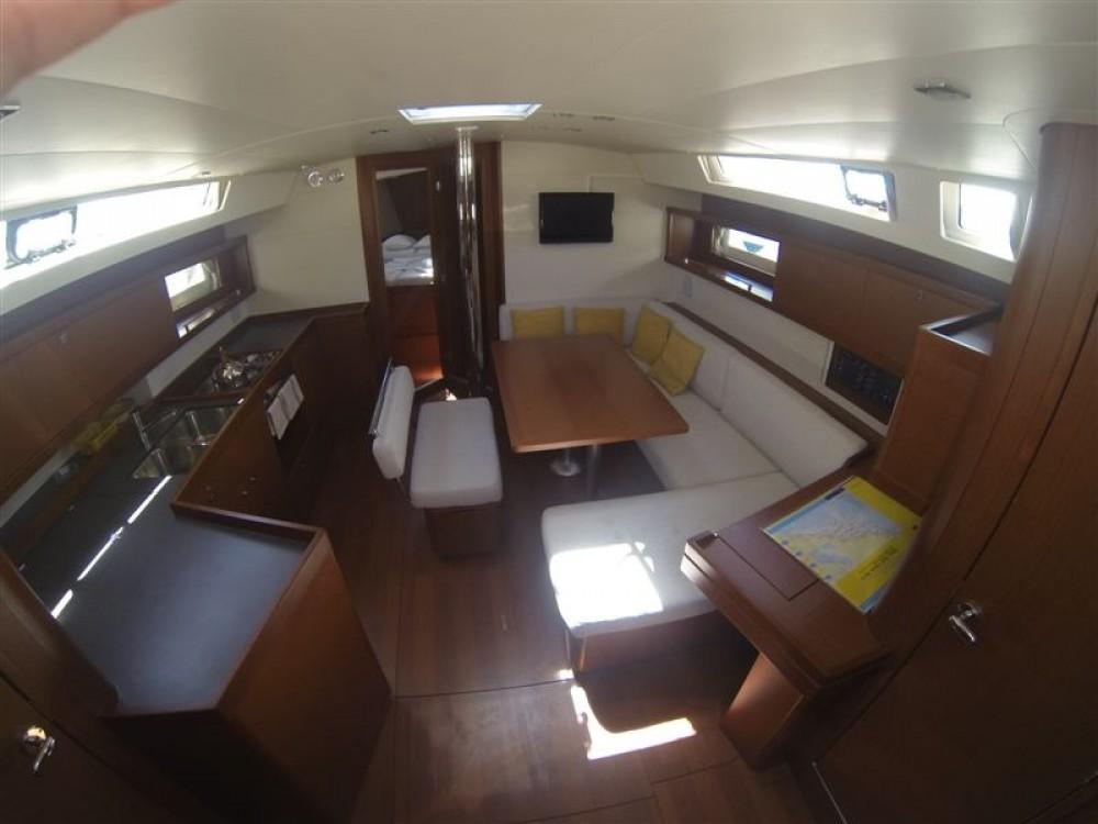 Bootverhuur Bénéteau Oceanis 45 in  via SamBoat