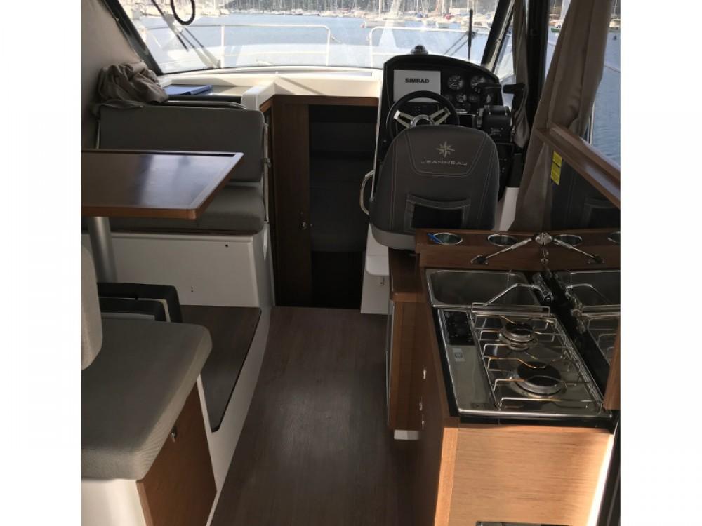 Bootverhuur Jeanneau Jeanneau Merry Fisher 895 in Pula via SamBoat