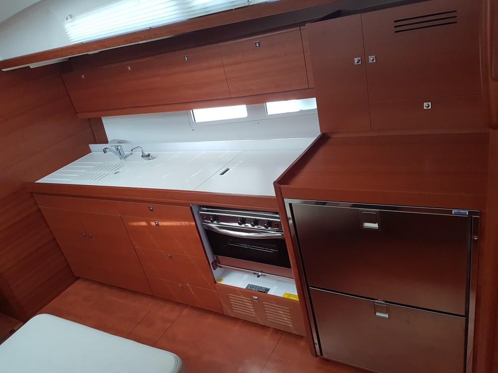 Huur Zeilboot met of zonder schipper Dufour in Komolac