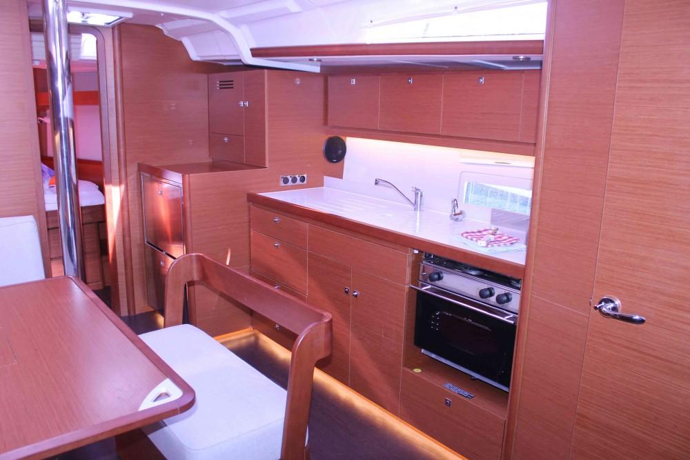 Verhuur Zeilboot in Komolac - Dufour Dufour 430 Grand Large