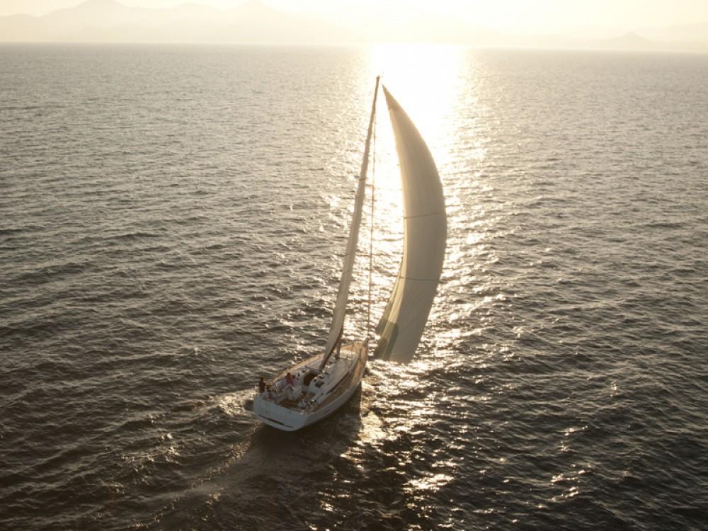 Bootverhuur Jeanneau Sun Odyssey 439 in Marmaris via SamBoat
