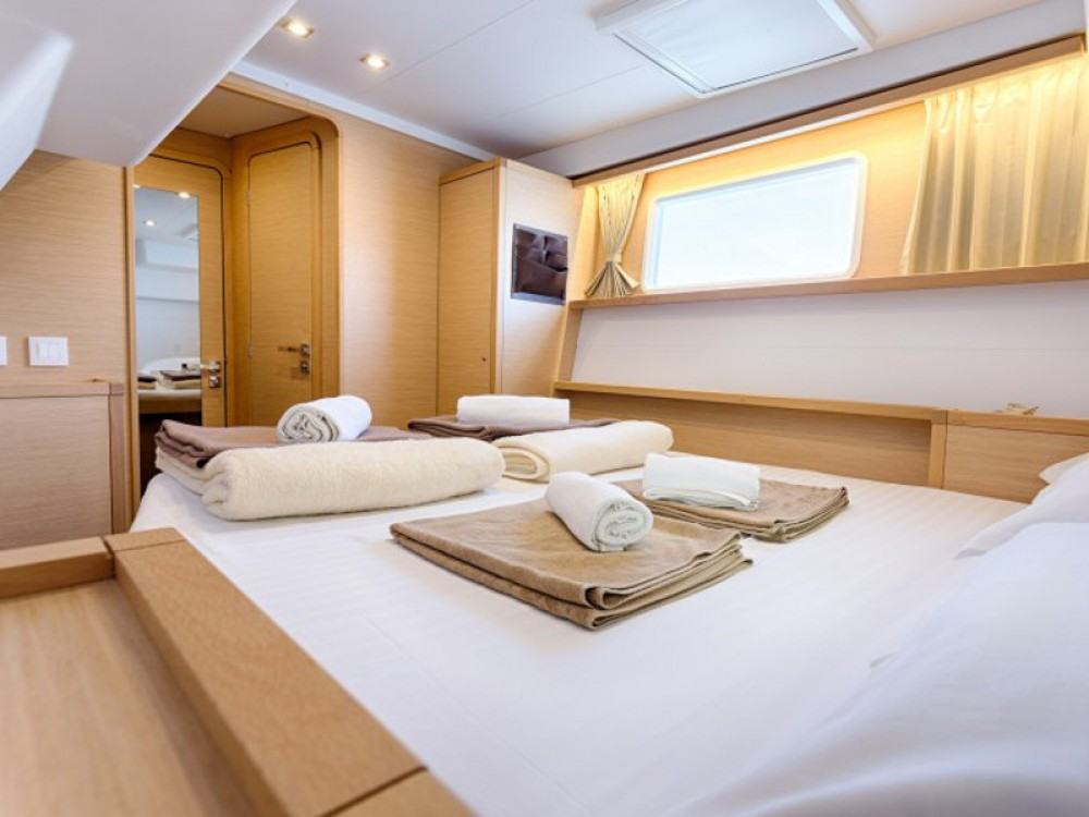Huur een Lagoon Lagoon 450 F Luxury in Trogir