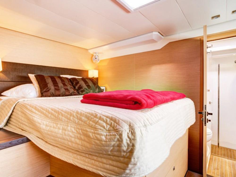 Jachthuur in Trogir - Lagoon Lagoon 620 Luxury via SamBoat
