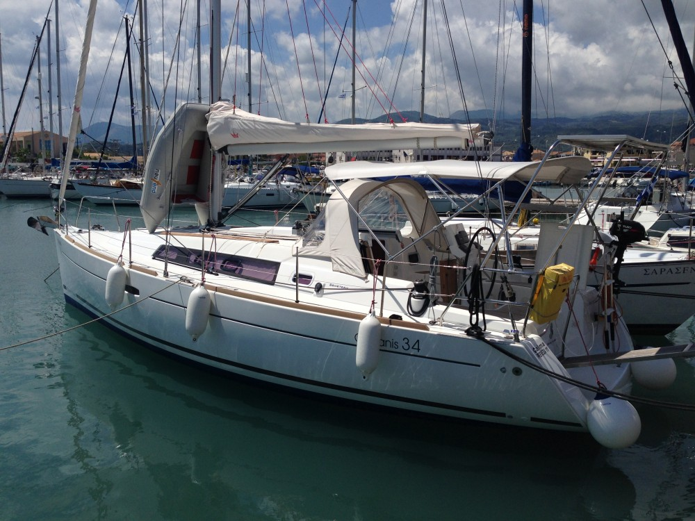 Verhuur Zeilboot in Leucade - Bénéteau Oceanis 34
