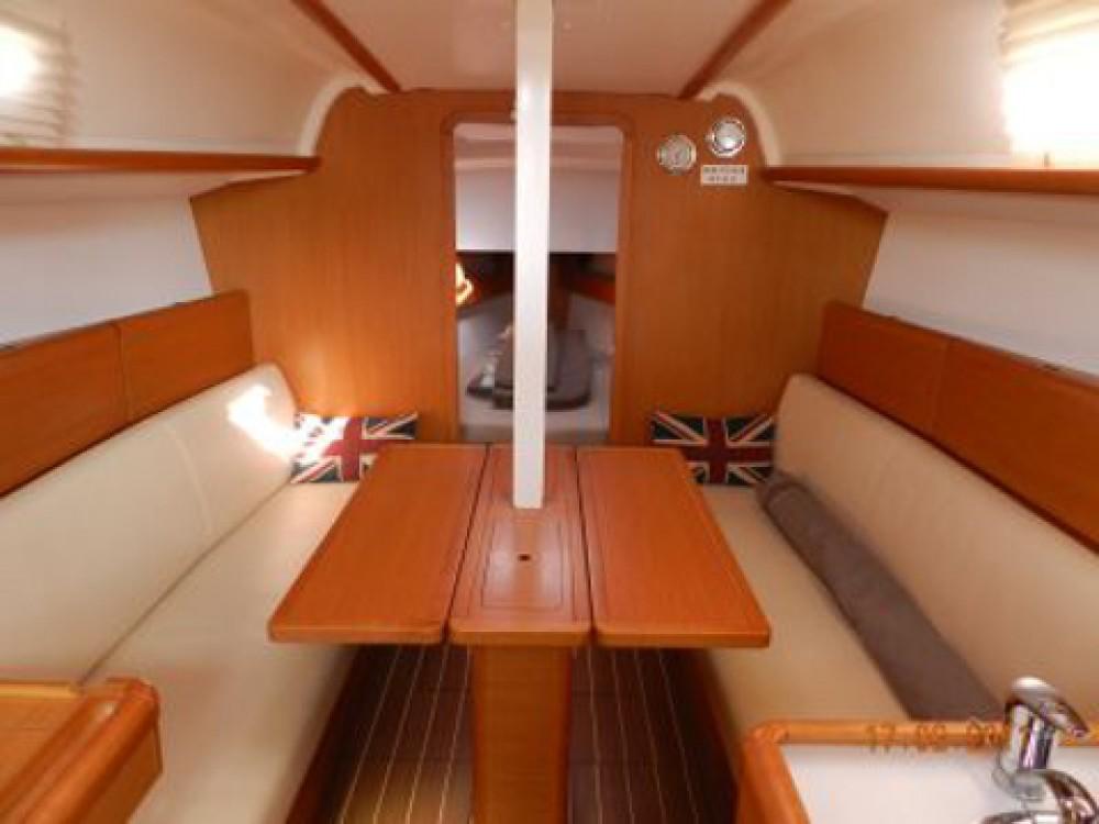 Bootverhuur Jeanneau Sun Odyssey 33i in  via SamBoat